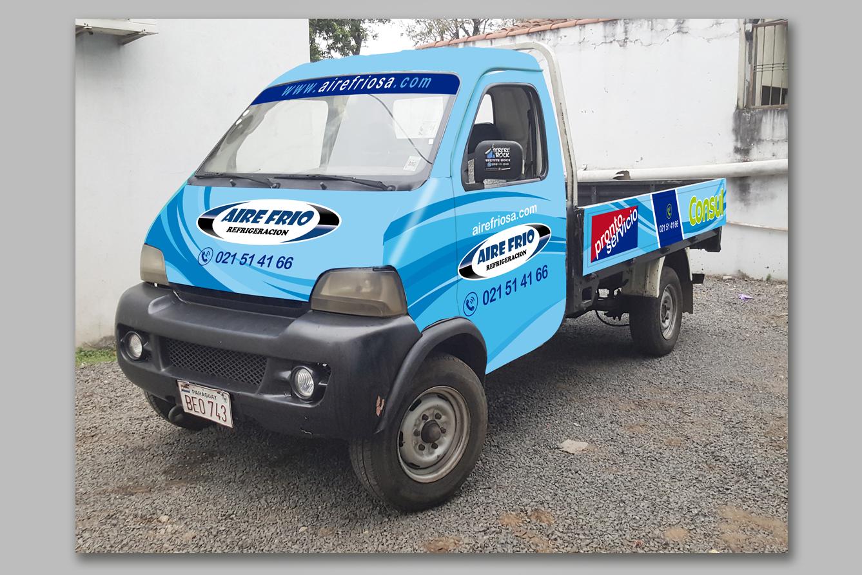 Diseño de pollters para vehiculos por XPECTATIVE
